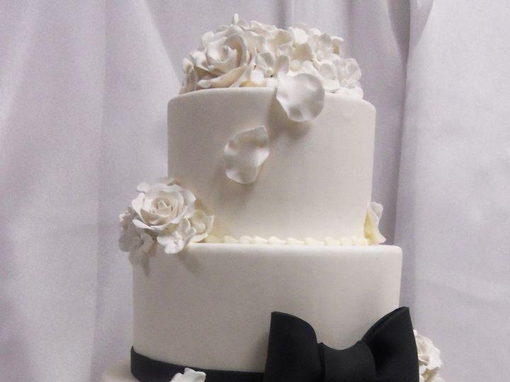 Tmx 1478717315061 Wc77 Buffalo, New York wedding cake