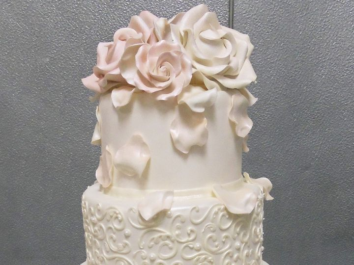 Tmx 1478718625759 Wc49 Buffalo, New York wedding cake