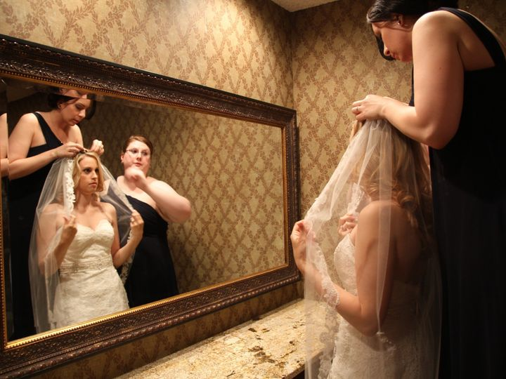 Tmx Pic 6995 51 1944689 158380015653102 Endwell, NY wedding photography