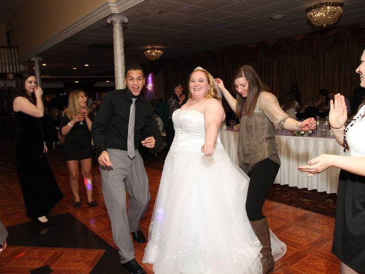 Tmx Pic 9725 51 1944689 158380016961720 Endwell, NY wedding photography