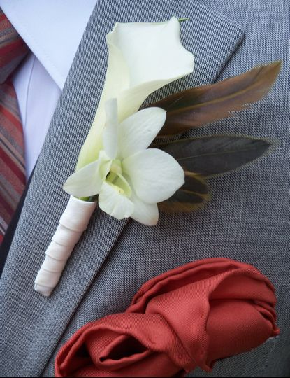 800x800 1397362432817 gilded petals groom boutonnier