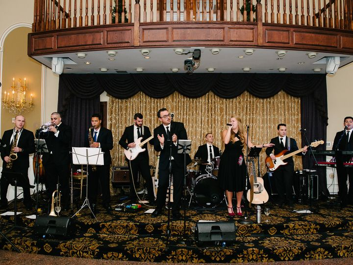 Tmx Castoro Great Band Shot 51 1035689 Staten Island, NY wedding band