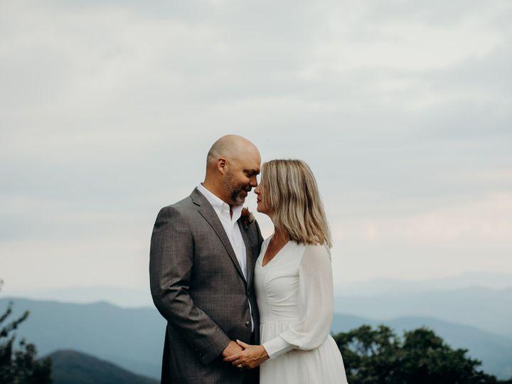Tmx Amanda And Travis 25 Years Mountains 86 51 1066689 160019281126527 Winston Salem, NC wedding photography