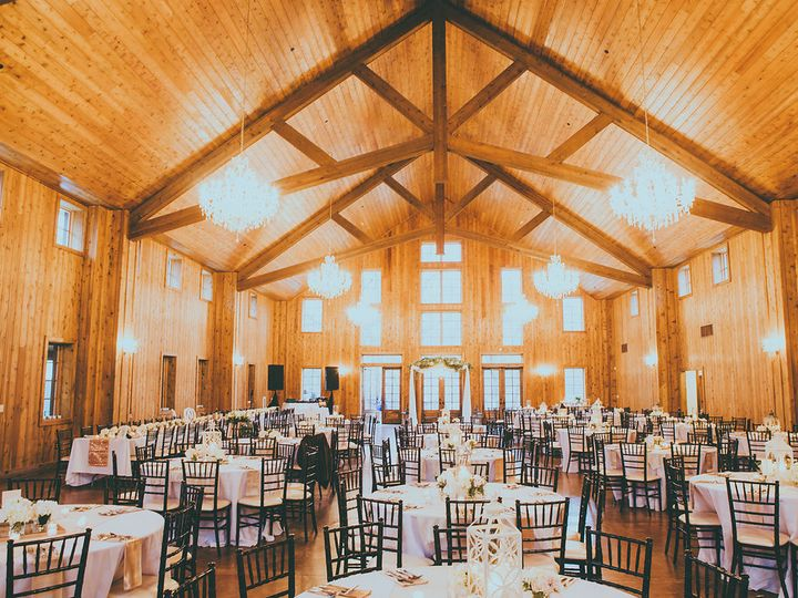 Tmx 06 Details 090 51 686689 Conroe, TX wedding venue