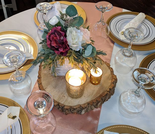 Rustic Charm table design