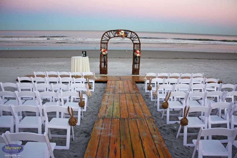 800x800 1418491013337 Beach Arch