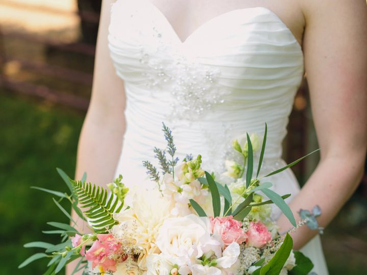 Tmx 8y2a1199 1 51 1909689 159665216984804 Woodinville, WA wedding florist