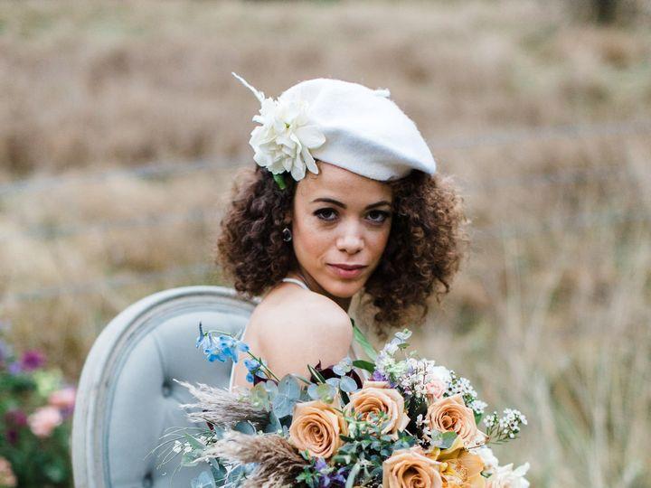 Tmx Akp Bonnieclyde 1081 51 1909689 159665573267563 Woodinville, WA wedding florist