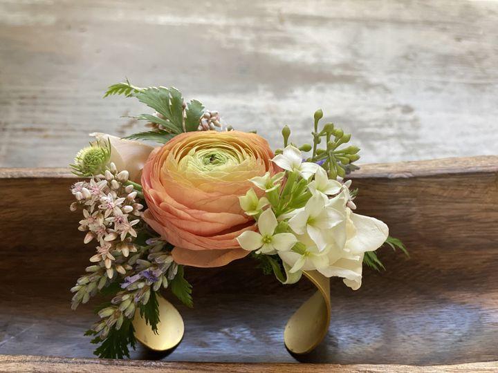 Tmx Img 0010 51 1909689 159665509126631 Woodinville, WA wedding florist