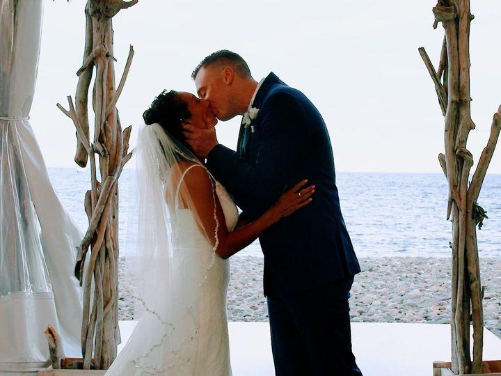 Tmx A003 09030047 C072 00 01 17 09 Still008 51 1980789 160503374299807 Marshfield, MA wedding videography