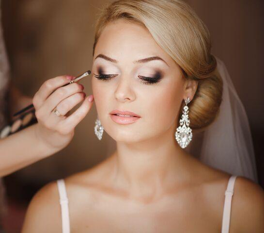 bride makeup 51 1952789 158811703873241