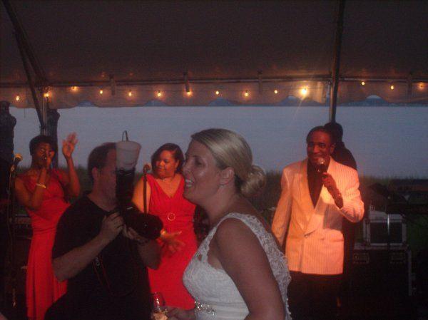 Bridedanceswithattendants