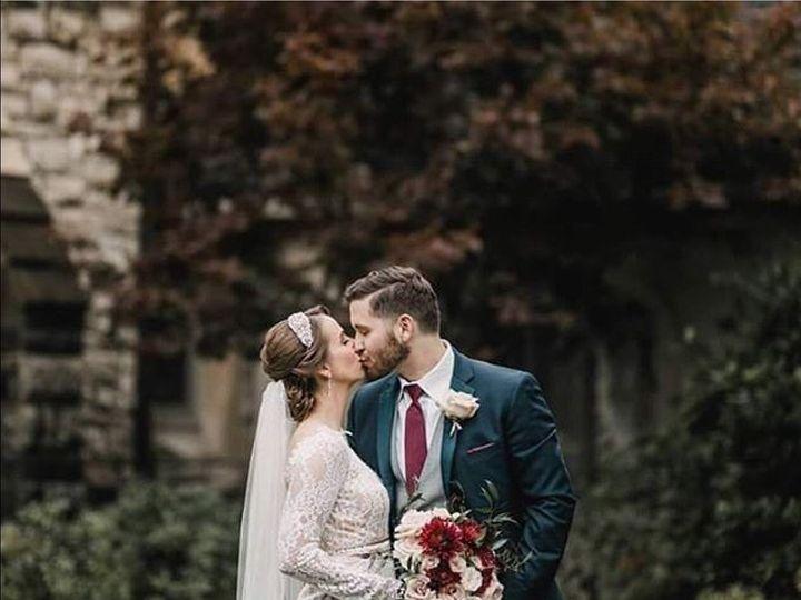 Tmx 1510418052342 051eac0b 52ae 4c4a Ab41 87c28e244ce3 Muscatine wedding florist