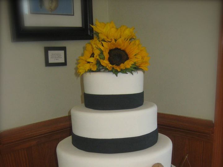 Tmx 1426257498832 Img5487 Cary, North Carolina wedding cake