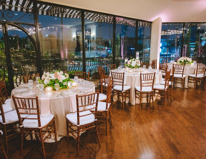 Indoor reception setting