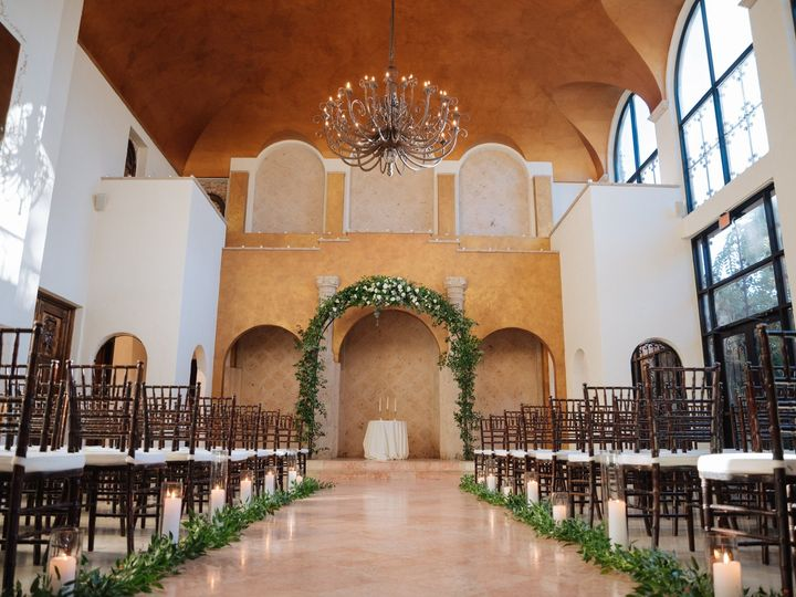 Tmx Aaisle 51 95789 158499176968482 Houston, TX wedding rental