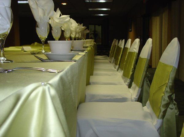 Apple satin linen & ties, white chair covers.