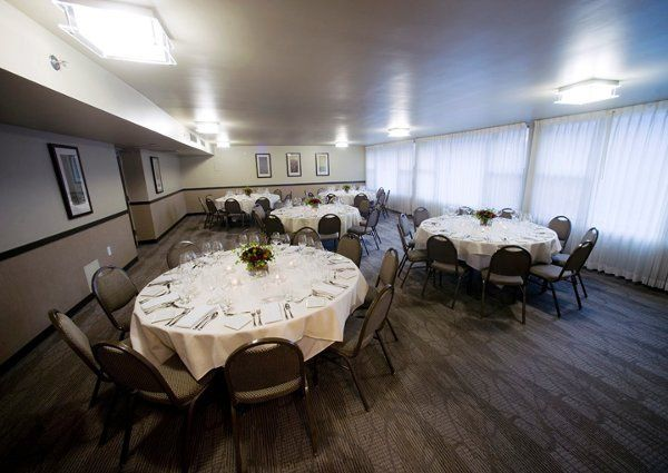 Columbia Room set in banquet rounds