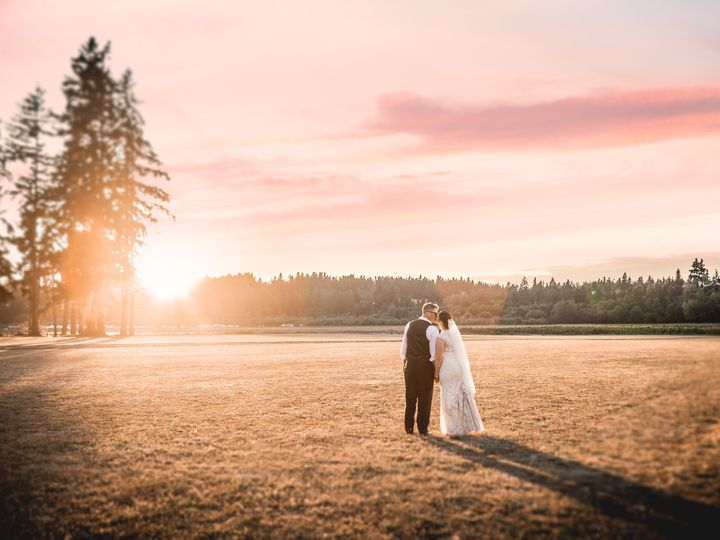 Tmx Kelley Farm Sunset Rebecca Jane Photography 51 440889 158769390937814 Bonney Lake, Washington wedding venue