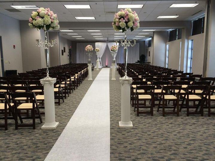 Ceremonies up to 275 guests!