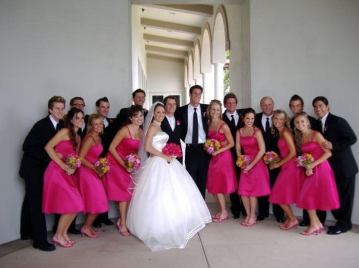 A group photo with the newly weds