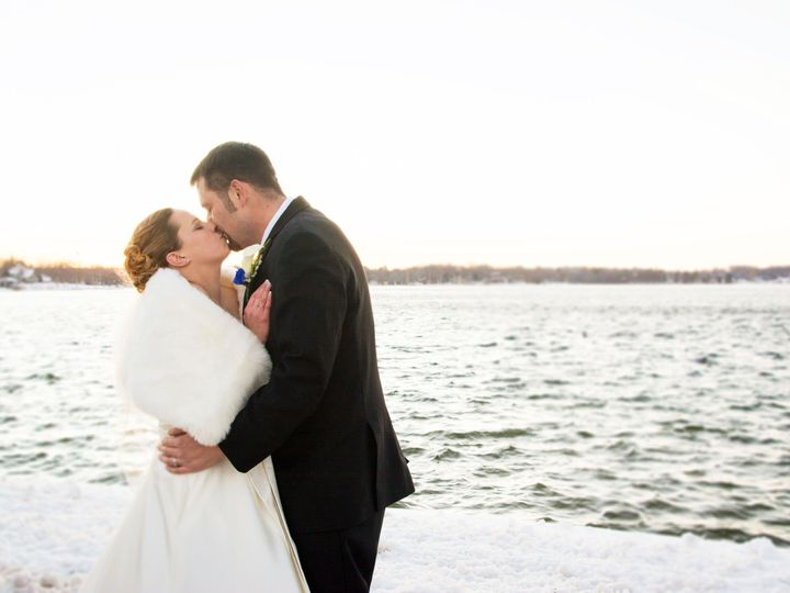 Tmx 1520503027 D4ac699c9585d22c 1465878781172 00005af 5 Milwaukee, WI wedding dj