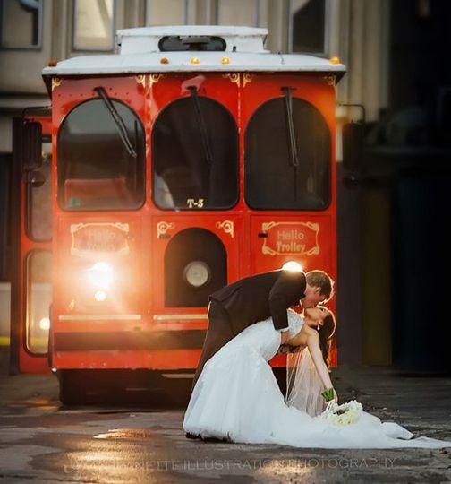 HelloTrolley.com,  Nashville Wedding Trolley