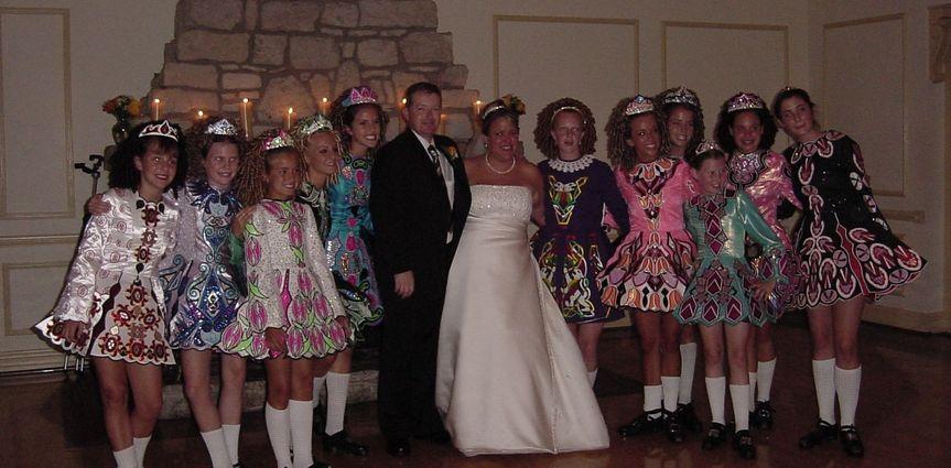 b85f2cfb320b7cd8 1520609525 17f8a7070b0844fd 1520609522746 7 wedding dancers