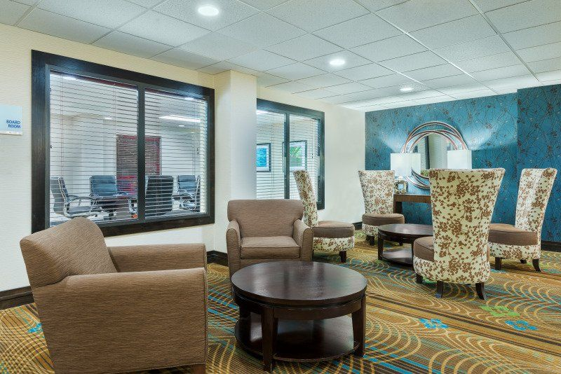Extended lobby seating