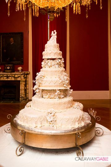 victorian wedding cake 1