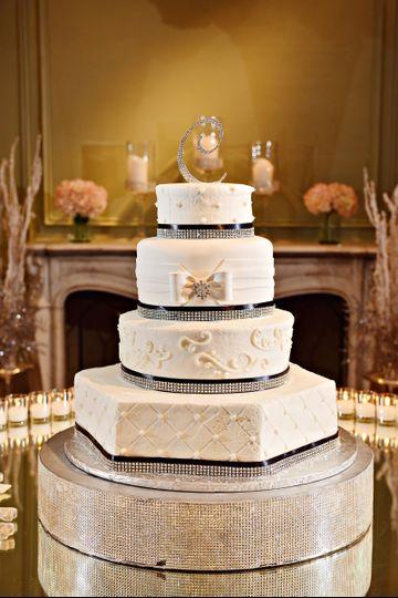 martinique wedding cake