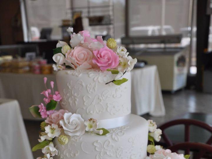 Tmx 1440259910547 11713917101557232558900348397553152838396011o Metairie wedding cake