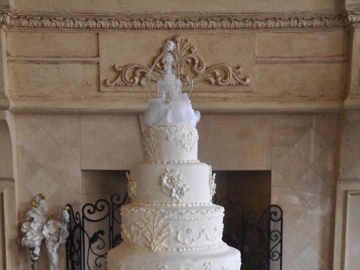 Tmx 1500140487627 11722060101557522105700346764795337051741748o Metairie wedding cake
