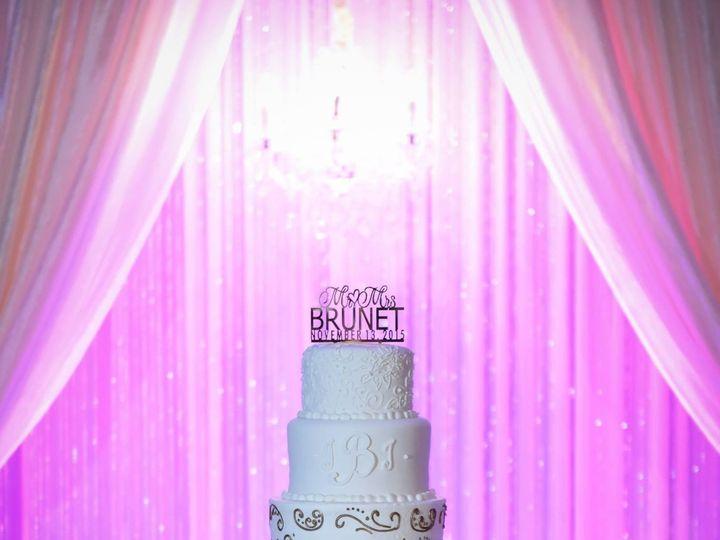 Tmx 1500140497122 12493997101563787043650342901713252908862172o Metairie wedding cake