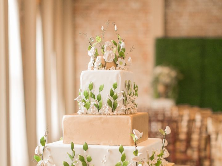 Tmx 1500140657734 090 Nolawedguide Artedevie Metairie wedding cake