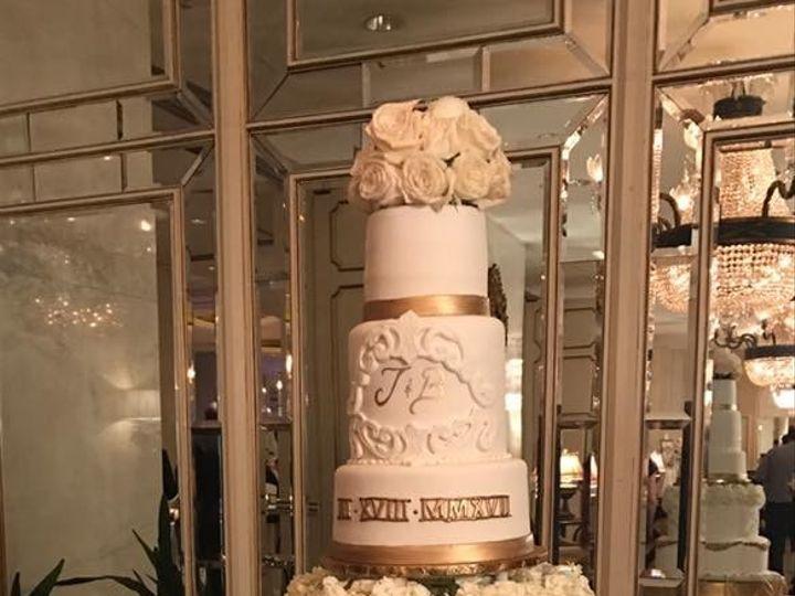 Tmx 1500140753094 17352348101583174326000343948595274622158099n Metairie wedding cake