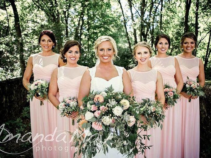 Tmx 1529539920 3a11e6fa62f8c7b6 1529539919 Bc108625700b4d1e 1529539919831 7 11202089 120326450 Maryville wedding florist