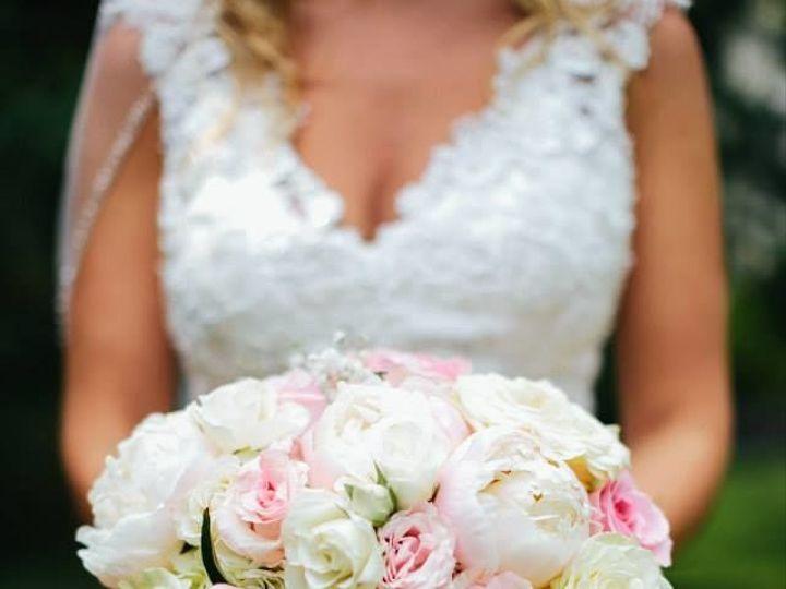 Tmx 1529539930 293c23621d6fd7bd 1529539929 E7e56924688e31d0 1529539929879 8 10523838 102015952 Maryville wedding florist