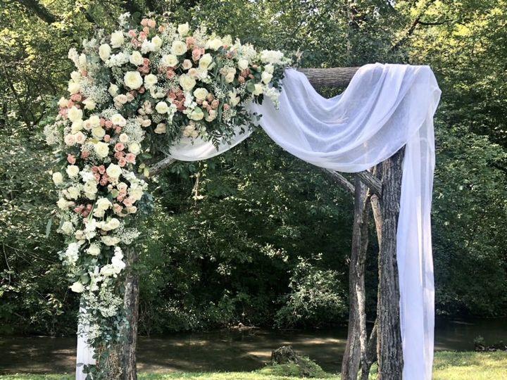 Tmx D84f46b2 5329 4251 Bf04 4beb8544d824 51 82989 160244979321492 Maryville wedding florist