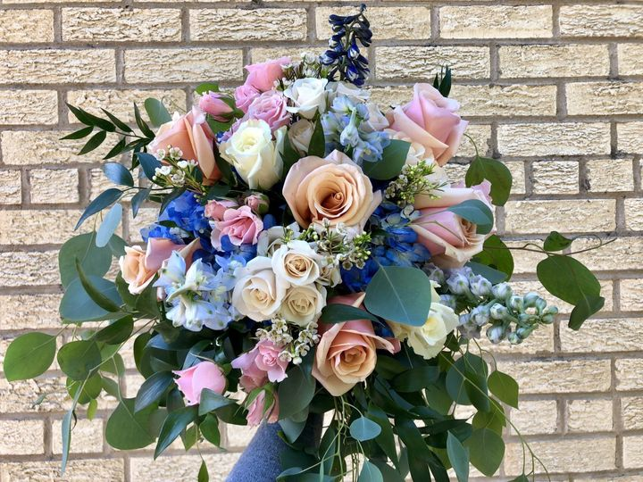 Tmx Thumbnail Img 7181 51 82989 160245068577418 Maryville wedding florist