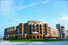 Courtyard by Marriott Glassboro