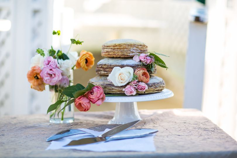 f3132ac5938a860b 1515690965 088abe4655e5b000 1515690964425 1 Malibu wedding cak