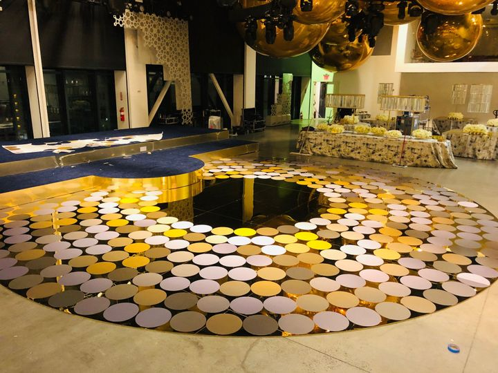 Custom Gold Mirror32' Round DF
