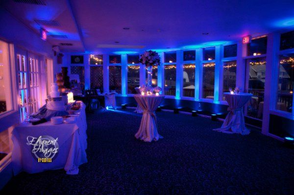 Uplighting at the Bay Voyage Inn from Luke's Disc Jockey Service.  Photo courtesy of Eloquent Images...