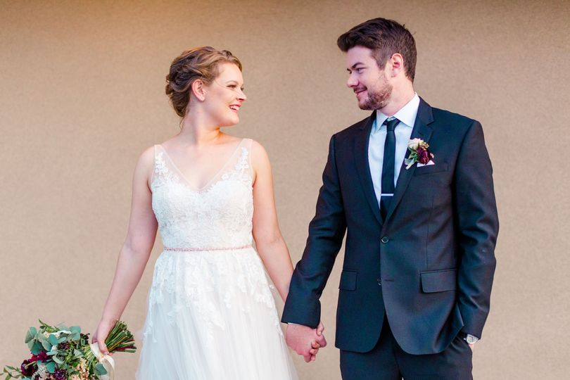 Holding hands | CM Sours Photography