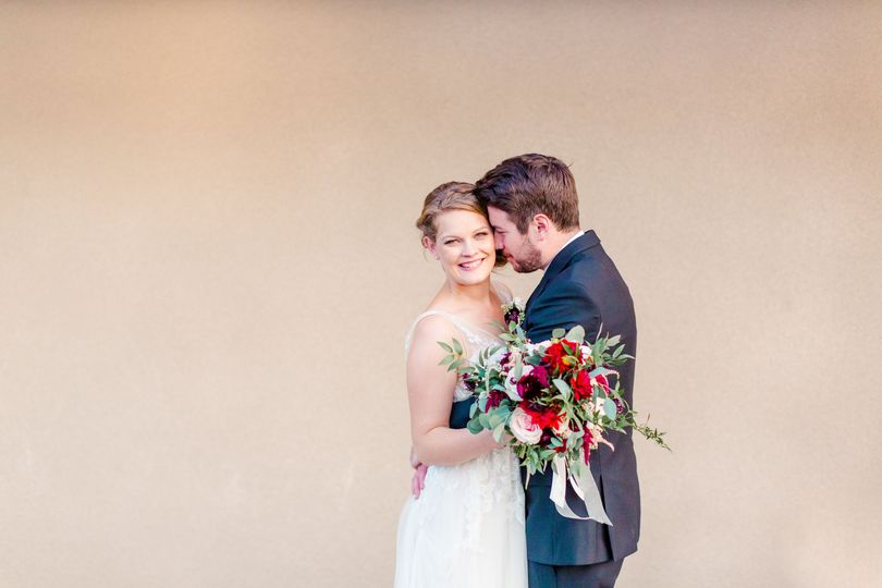 Kissing | CM Sours Photography