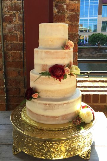 Kathy and Company - Wedding Cake - Easley, SC - WeddingWire