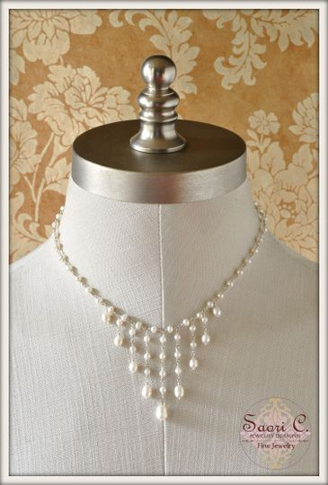 Empress Necklace in White Pearls - Sensual round white pearls linked by a handmade sterling silver...