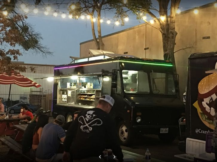 Food truck in action