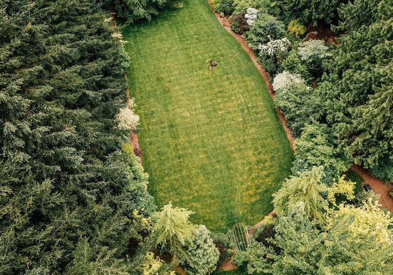 The Horseshoe Garden